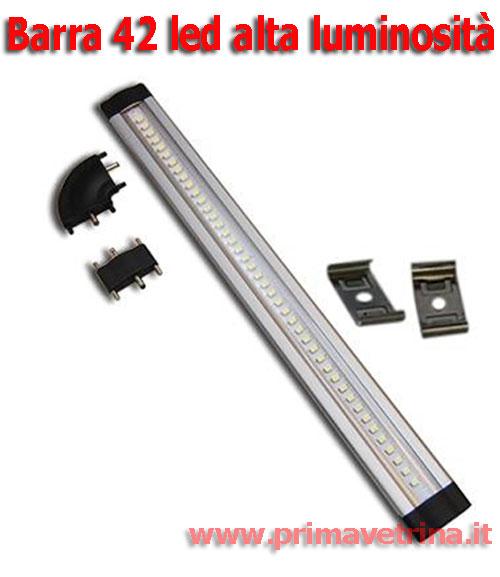 Barra striscia 42 led alta luminosit 12 volt da 30cm con for Led alta efficienza